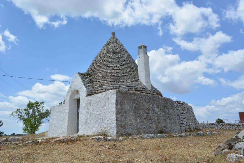 Trullo with panoramic views near Cisternino