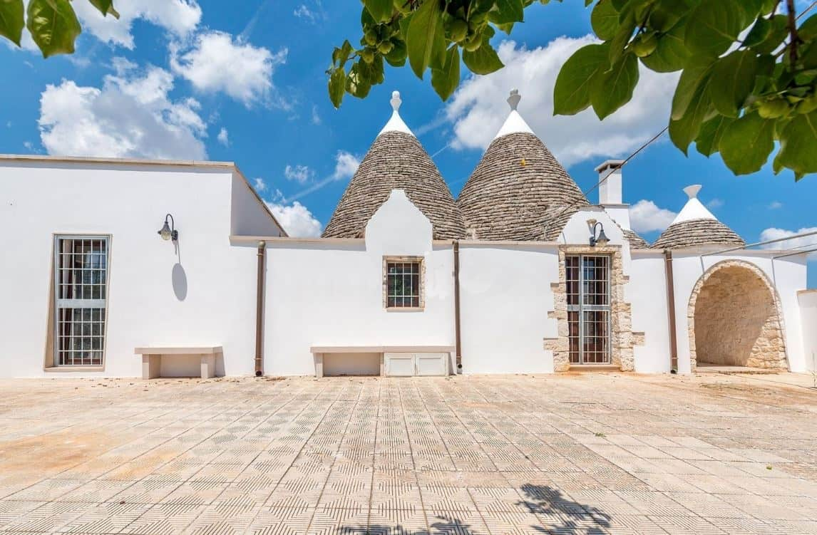 Restored 2 bedroomed Trulli