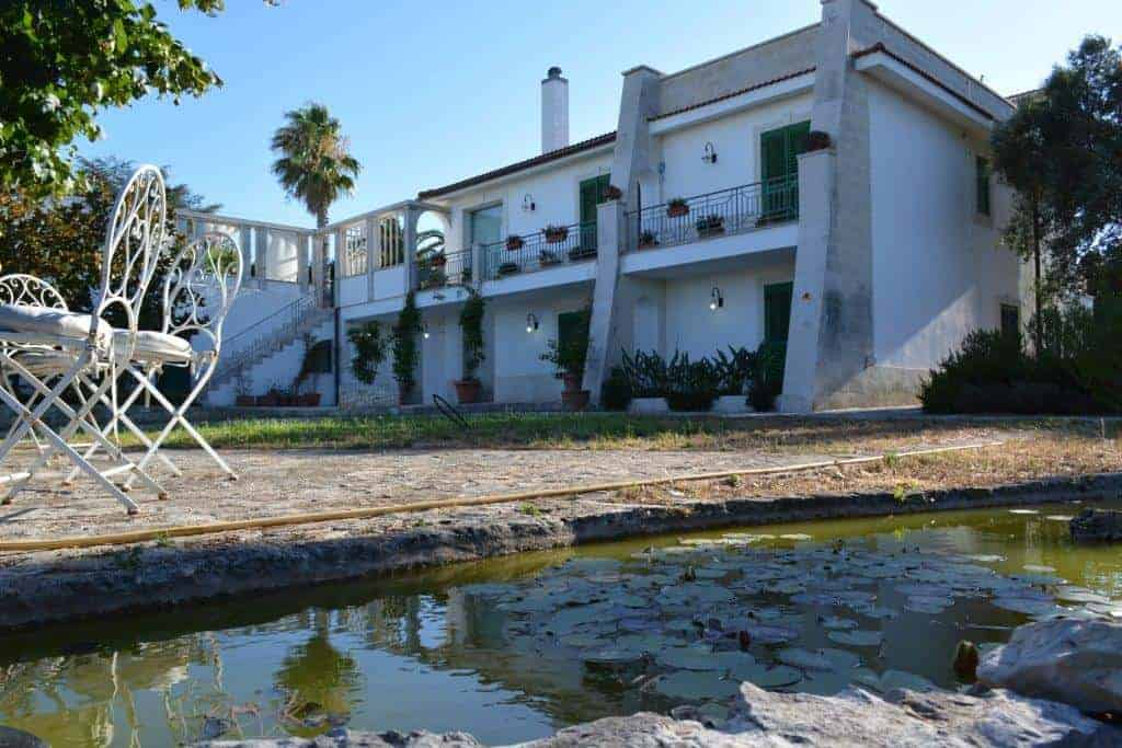 4 Bed Spacious Villa with pool near Martina Franca
