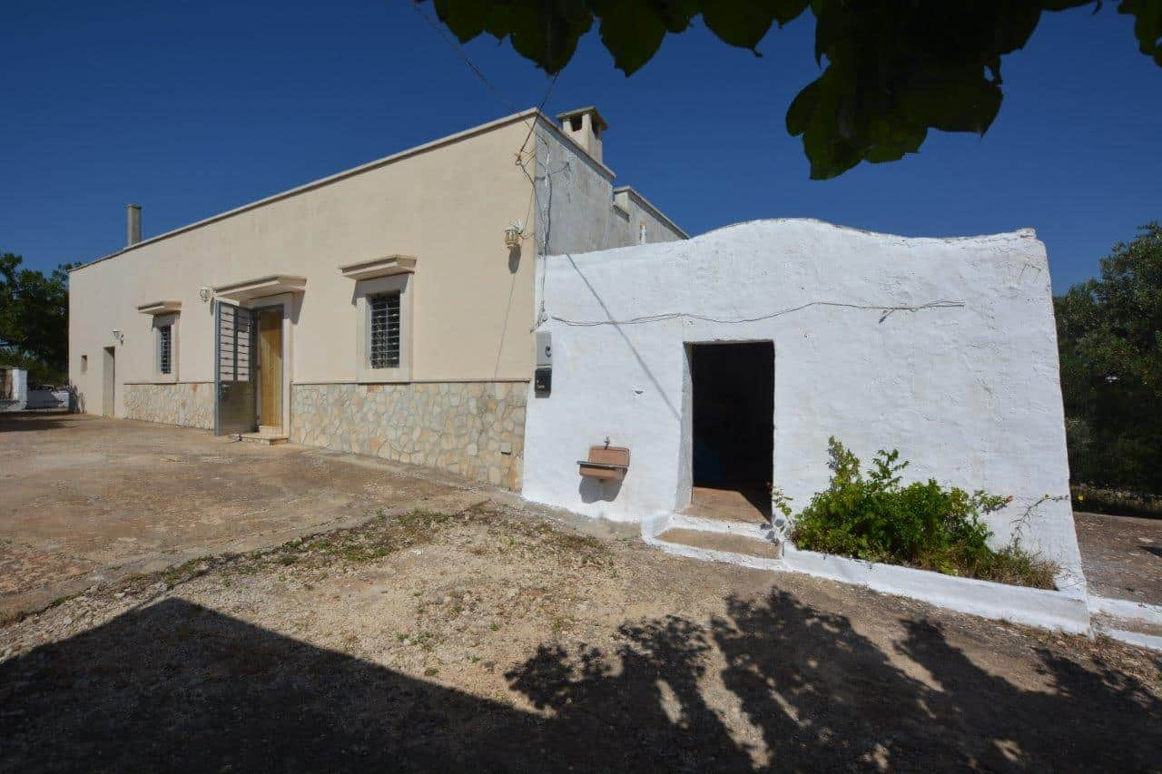 2 Bed Stone built cottage with Trulli