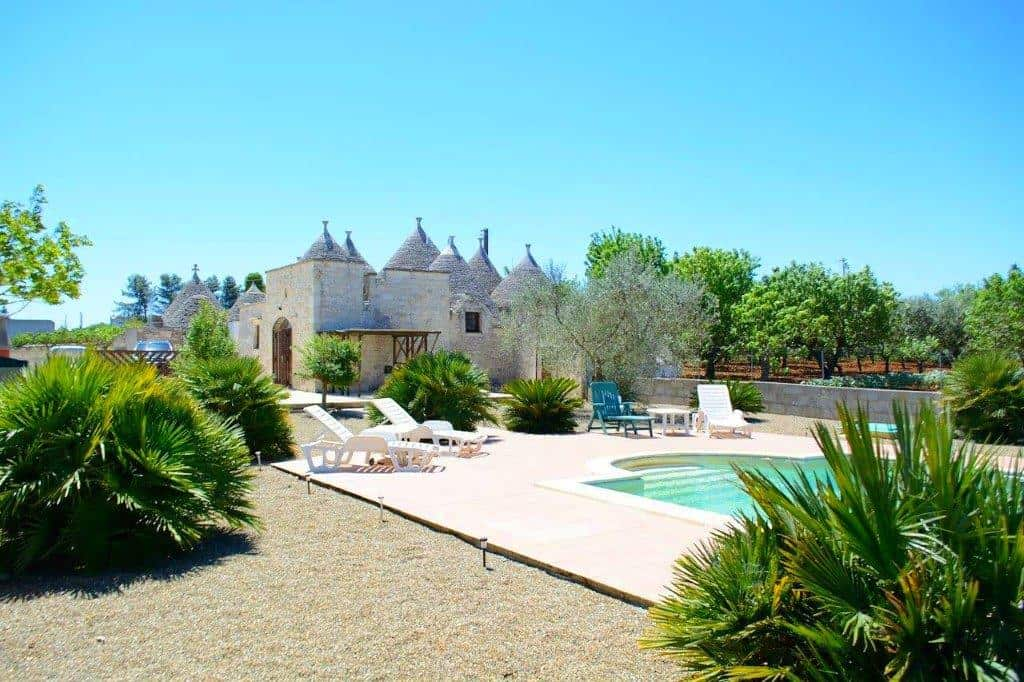 Finely Restored Trulli With Private Pool