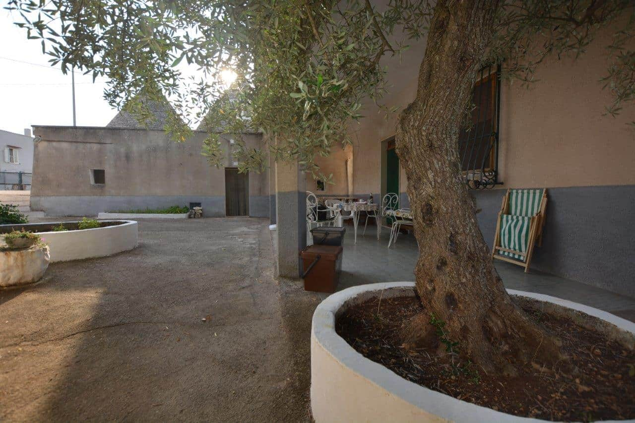 3 Bedrooms trullo with Land