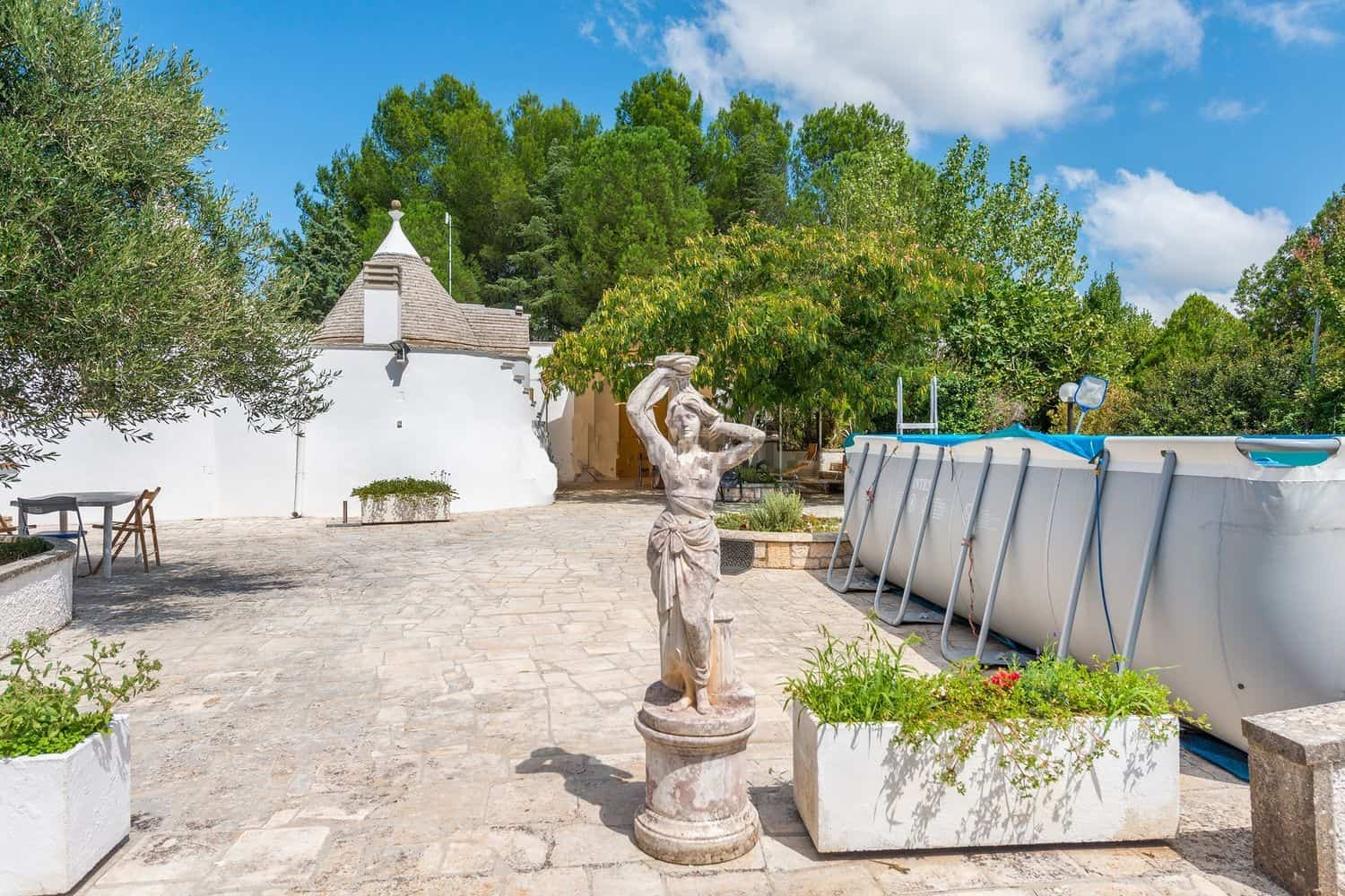 2 bedrooms restored trulli with pool