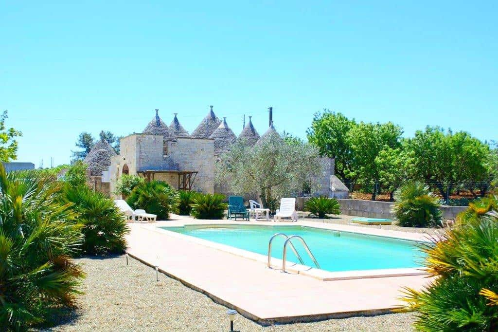 3 Bedroom's trulli with private pool