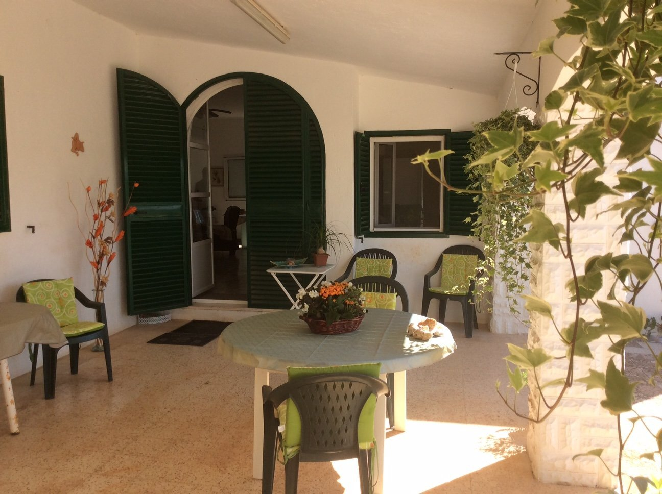 Spacious villa with large pool in Ostuni