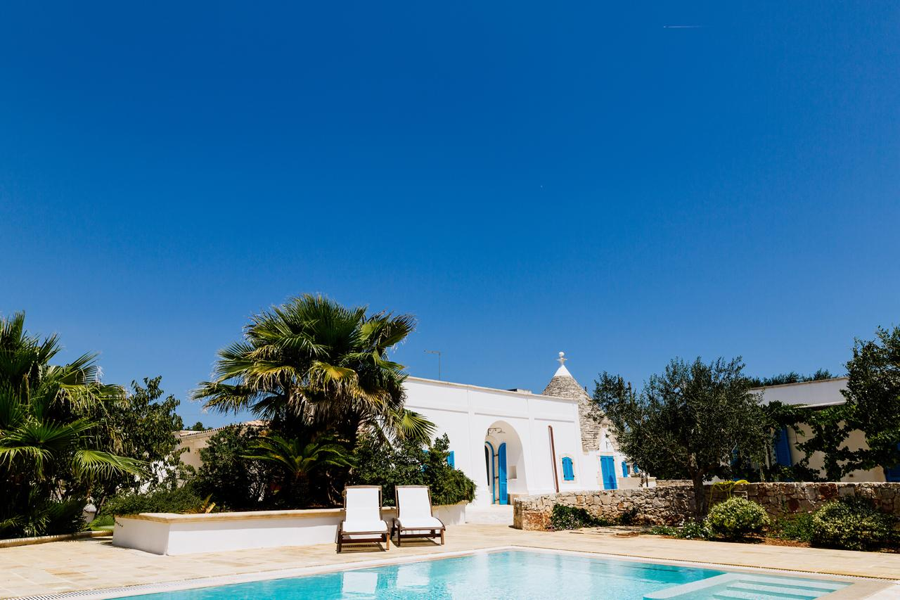 Fabulous Villa with Trullo and swimming pool for Sale in Itria Valley Cisternino
